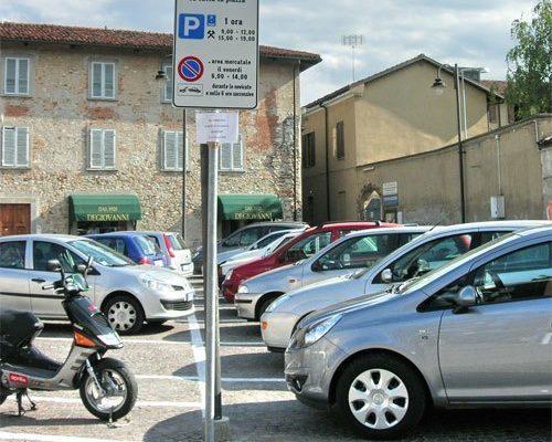 italy-parking-white-500x400